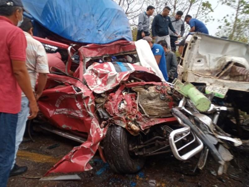 Trágico accidente deja 5 muertos Matias Romero