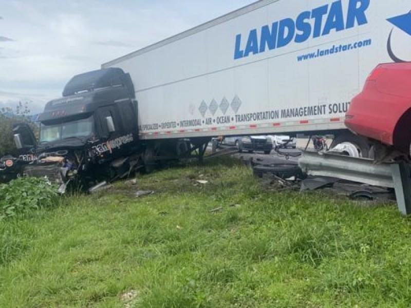 Trágico accidente: Mueren dos personas en el Circuito Exterior Mexiquense