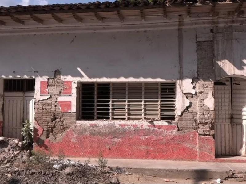 Trámites gubernamentales retrasan reconstrucción en Tehuantepec: Coordinación de Vecinos Afectados