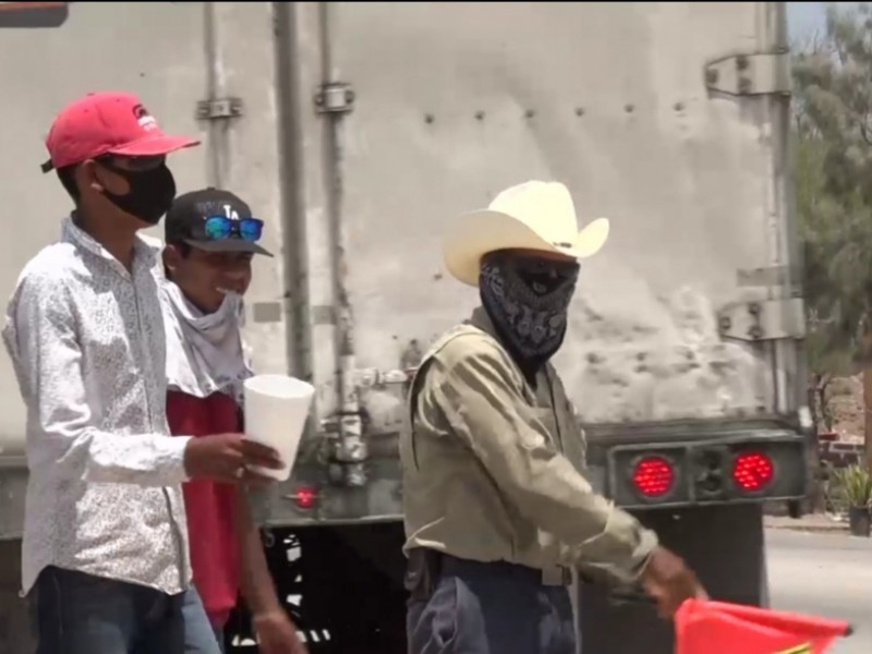 Transporte de Sinaloa afectado por bloqueos de la tribu