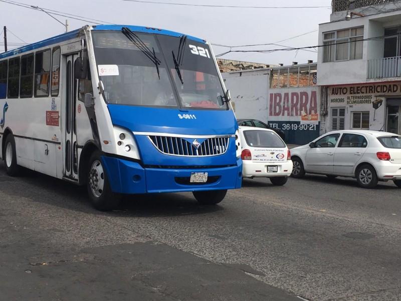 Transporte público eficiente evitaría caos por desabasto