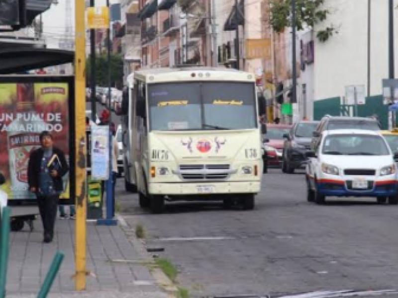 Transporte público no acata medidas de prevención ente COVID-19
