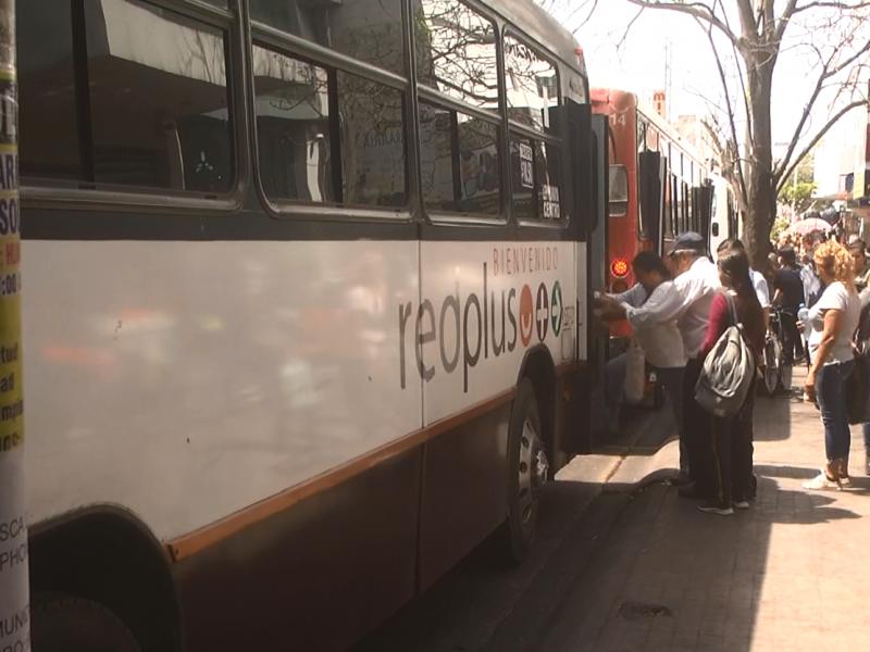 Transporte público no atiende medidas de prevención por coronavirus