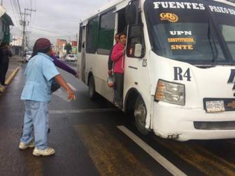 Transporte público trabaja al 50% de unidades por Covid-19