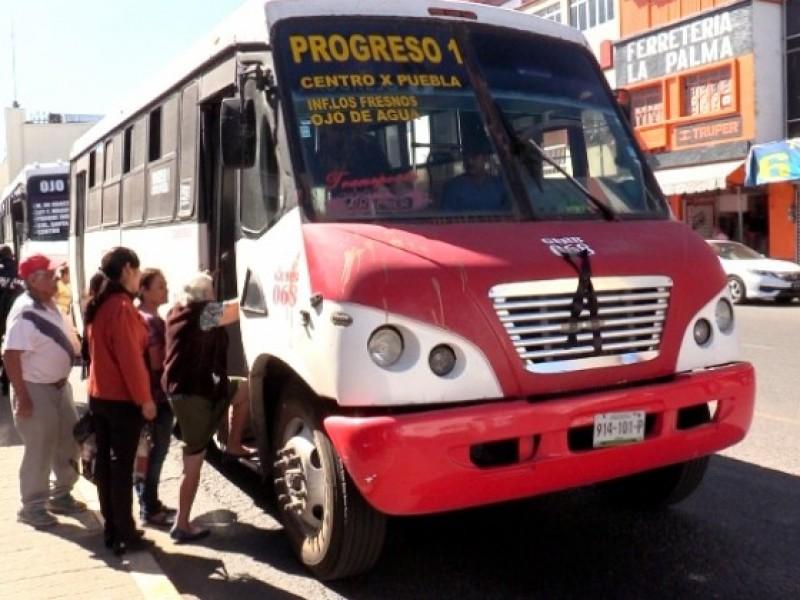 Transportistas afectados por reglas de distanciamiento social