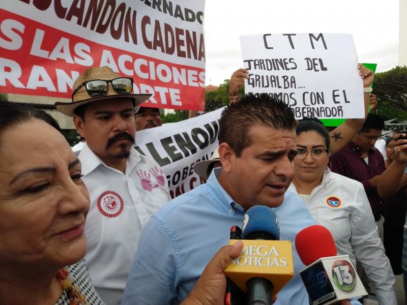 Transportistas piden aplicación de la ley contra bloqueos