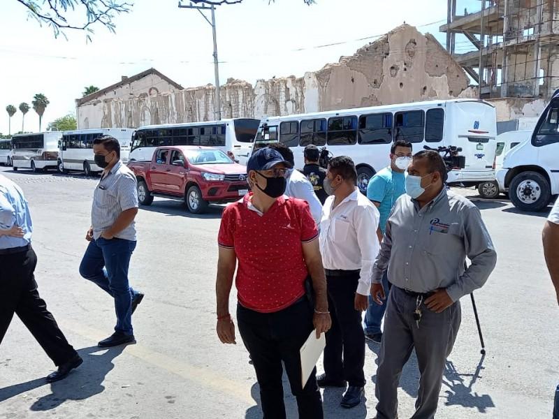Transportistas denuncian competencia desleal, permitida por funcionarios duranguenses
