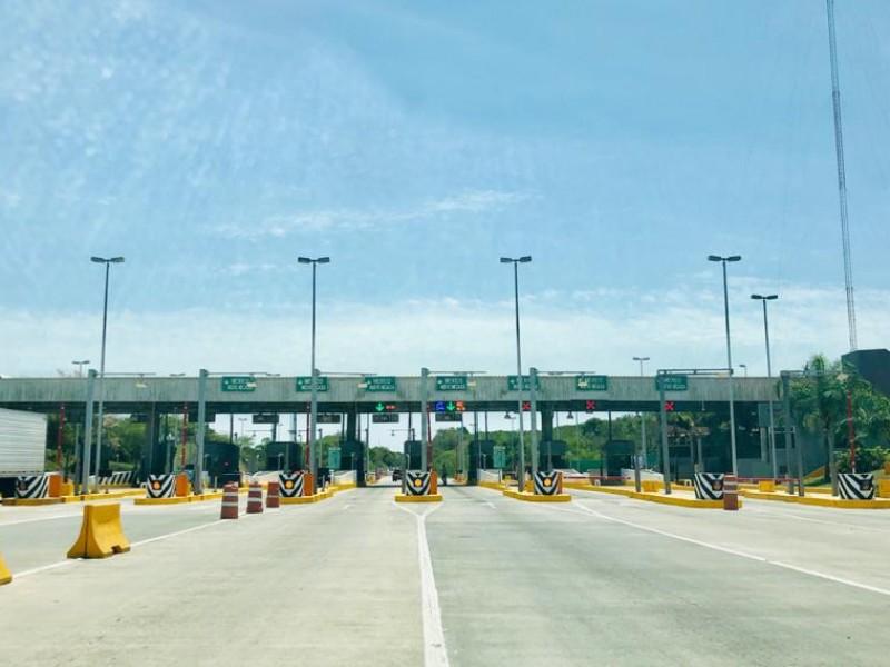Transportistas en apuros por incremento en casetas de cobro