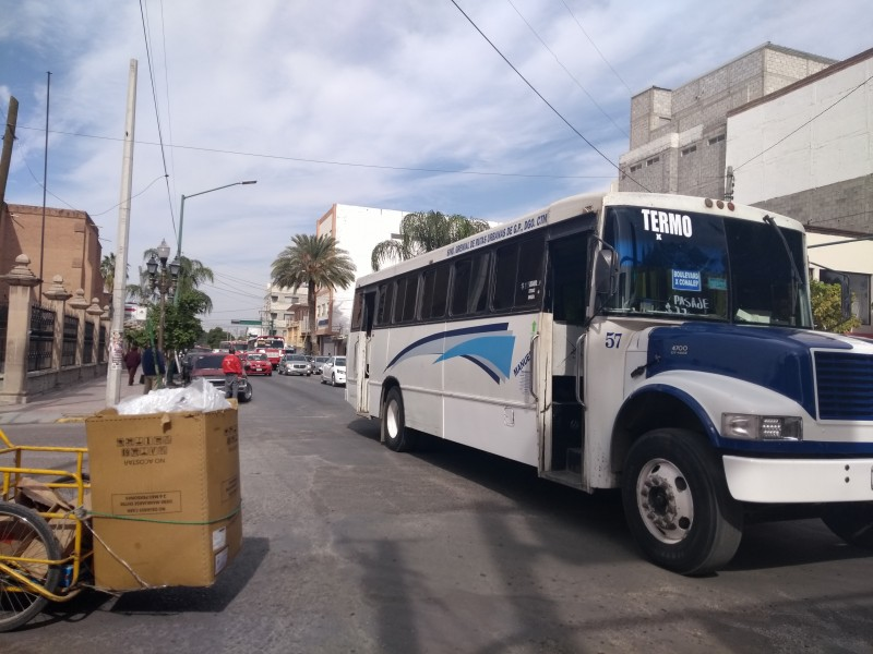 Transportistas se oponen al metrobús en Gómez Palacio
