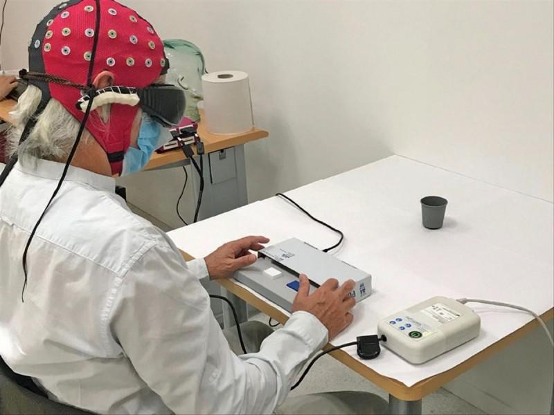 Tras 40 años de ceguera, optogenética restaura visión de hombre