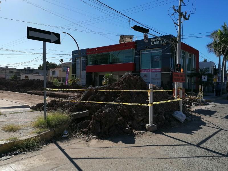 Tras afectaciones demandan agilizar obra sobre la calle Cuauhtémoc
