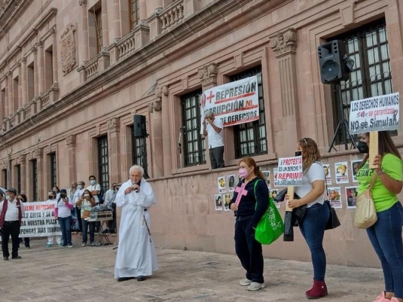 Tras conmemoración del 2 de octubre, detienen a manifestantes