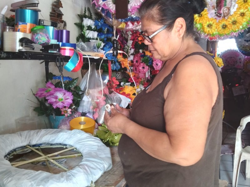 Tras contingencia, Rosa confía que habrá buena venta de coronas