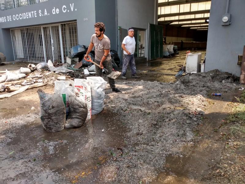 Tras granizada empresas afectadas siguen cuantificando daños