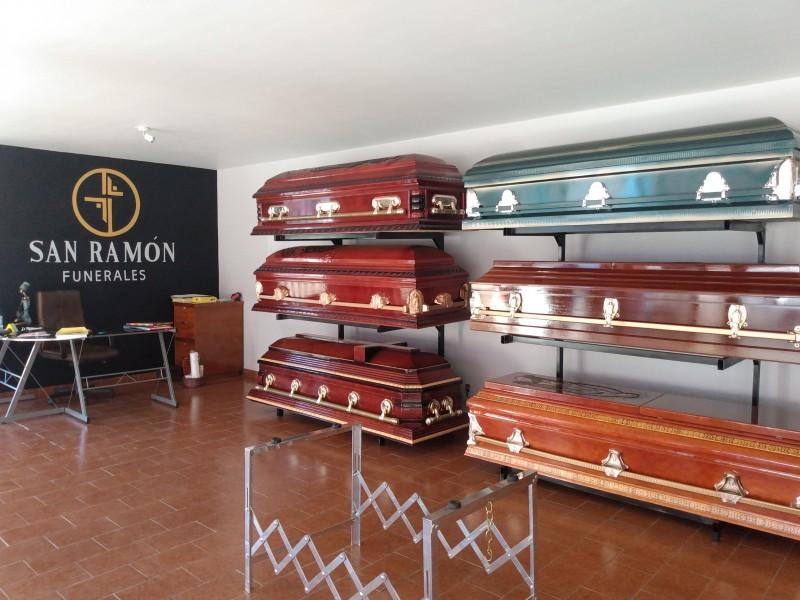 Tras inconformidad de funerarios, establecen protocolos para velorios en Zamora