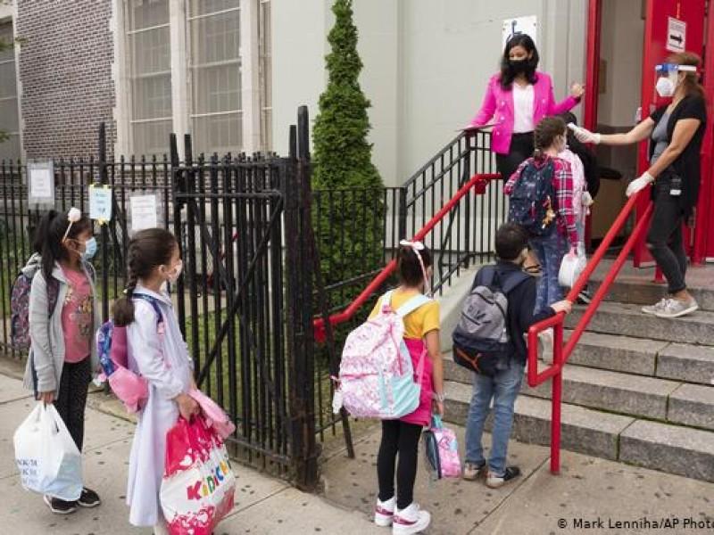 Tras incremento Covid-19, Nueva York vuelve a cerrar sus escuelas