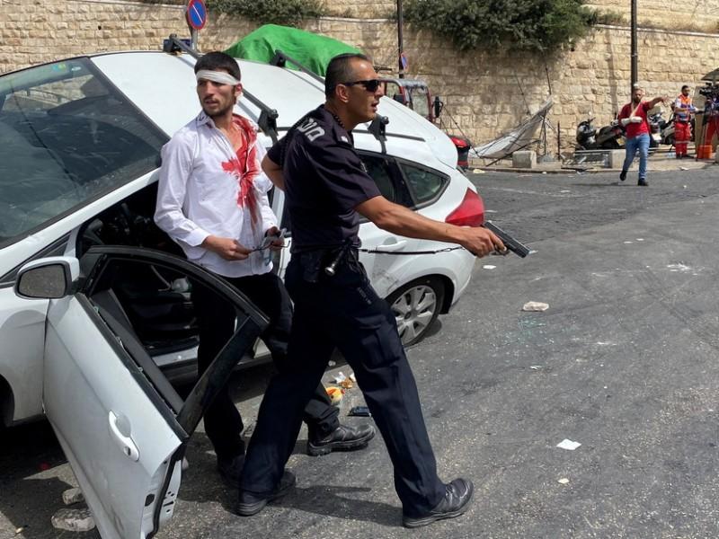 Tras intensos enfrentamientos, Conductor israelí atropella a manifestante palestino