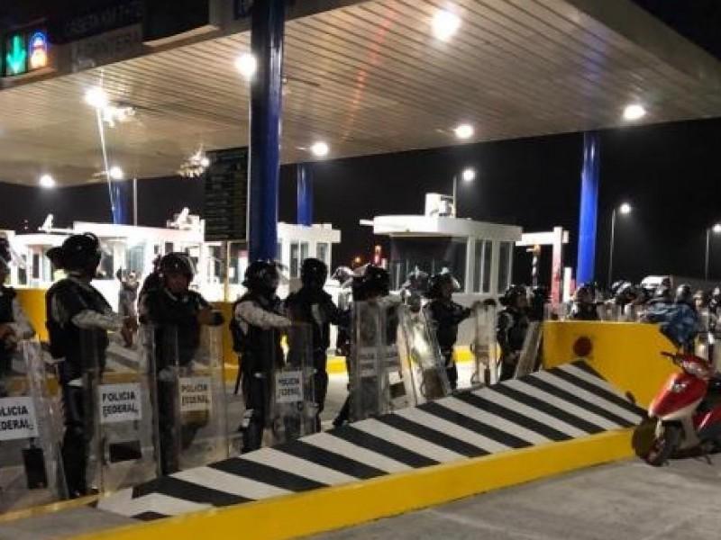 Tras nueve meses, liberan casetas de la autopista Tepic- Mazatlán