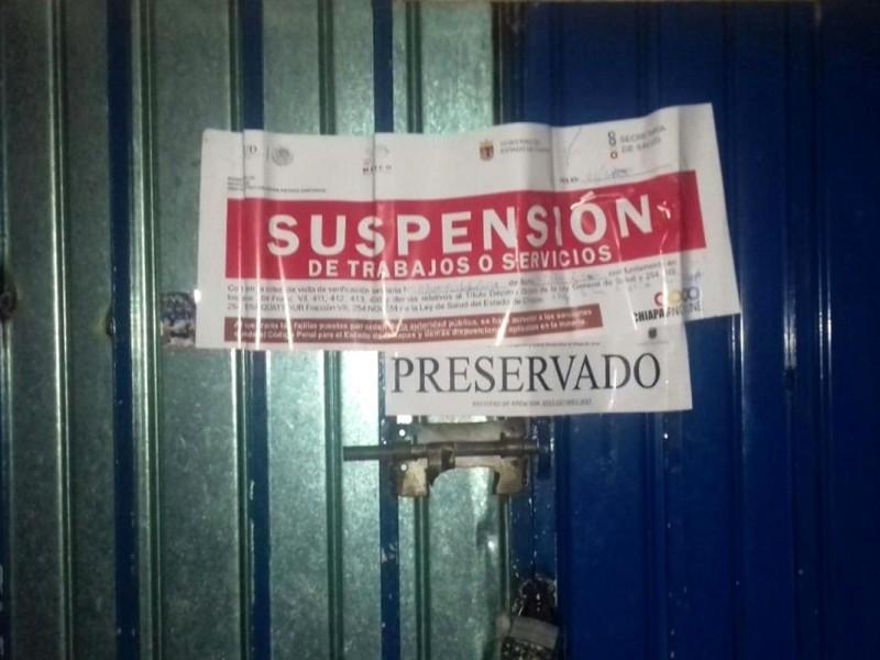 Tras operativo, clausuran bares en SCLC
