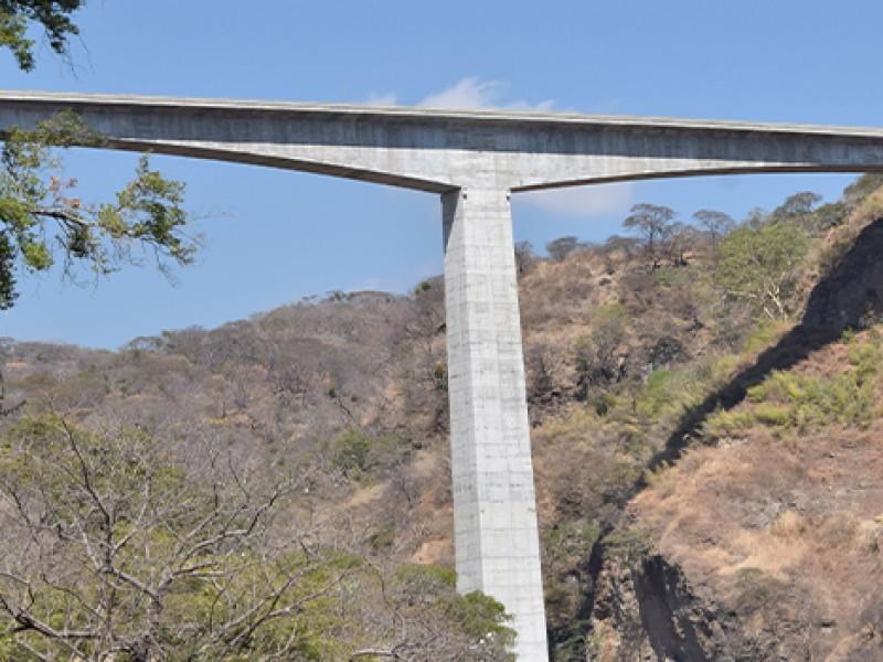 Tres administraciones federales y no termina la carretera transvolcánica Guadalajara-Colima