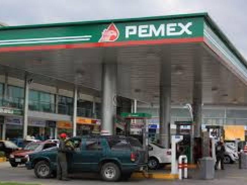 Tres gasolineras poblanas tienen los costos más bajos del país