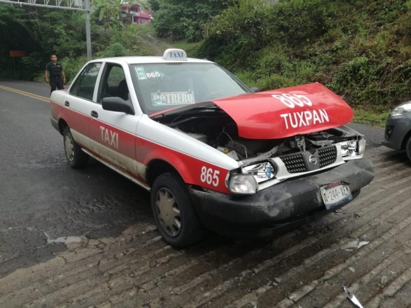 Tres lesionados tras accidente sobre la carretera Tuxpan-Tampico