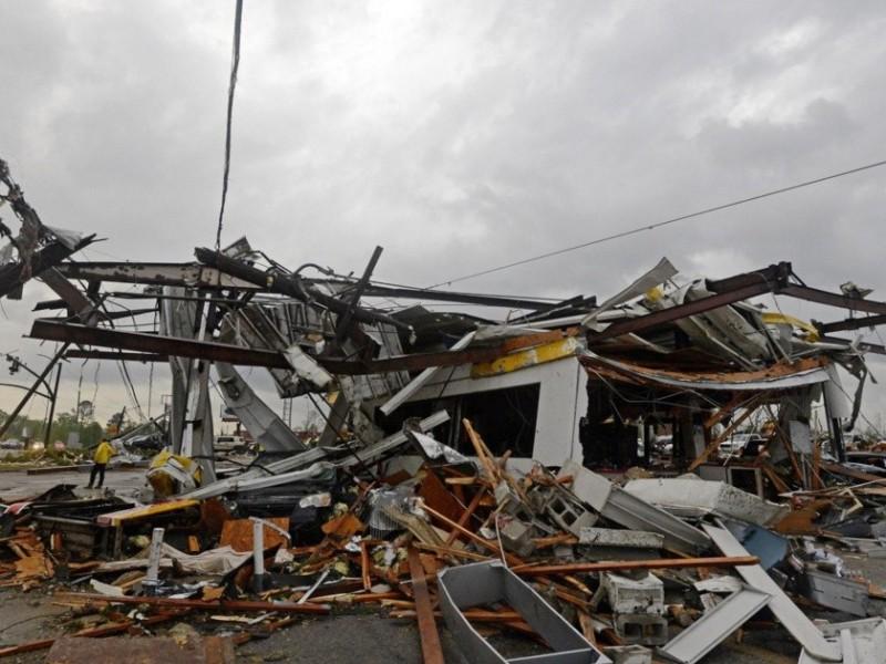 Tres muertos tras fuertes lluvias al sur de Estados Unidos