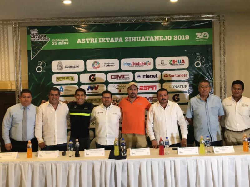 Triatlón Ixtapa-Zihuatanejo, el más longevo del país
