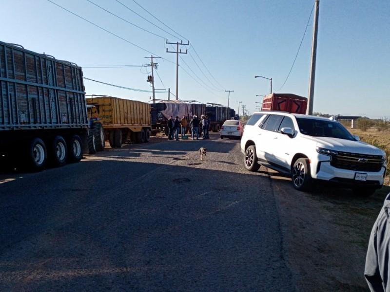 Productores de El Carrizo bloquean bodegas de Multigranos