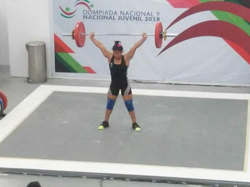 Triple plata para Nayarit en pesas