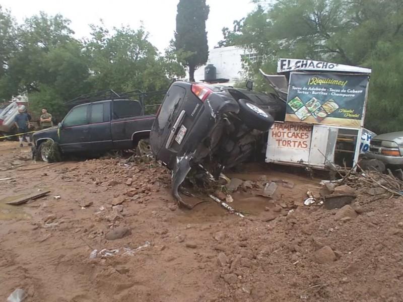 Tromba azota la frontera de Nogales