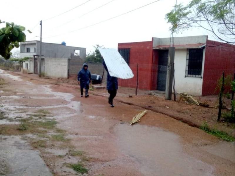 Tromba deja viviendas afectadas en Cintalapa