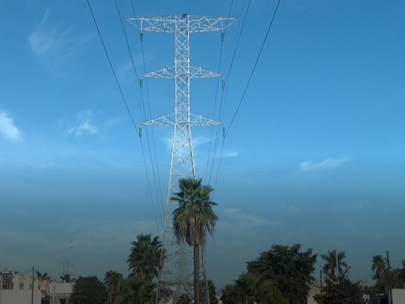 Truenan en contra de CFE por apagones de energía