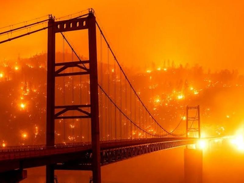 Trump anuncia visita a California para evaluar incendios