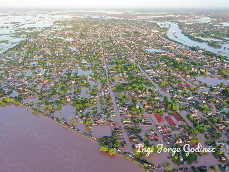 Tuxpan está bajo el agua tras inundaciones por
