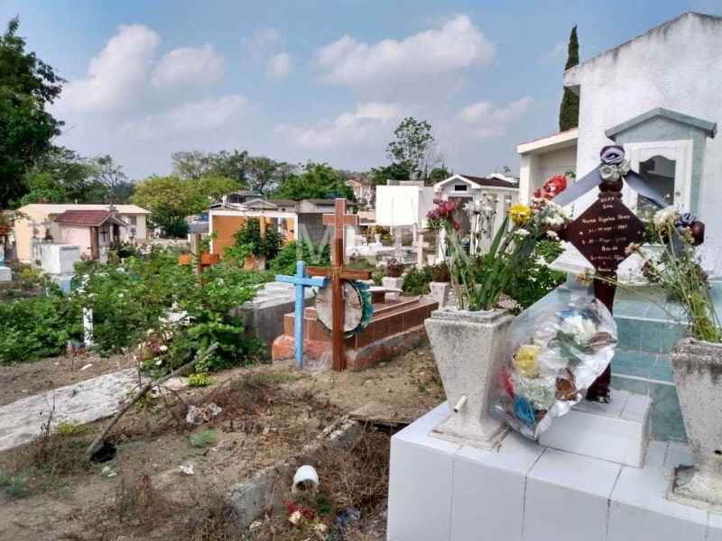 Tuxpan se prepara para un inusual Día de Muertos