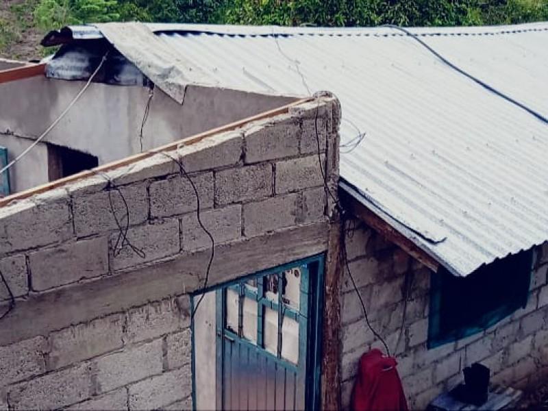 Tuxpeños damnificados continúan solicitando apoyos ante municipio