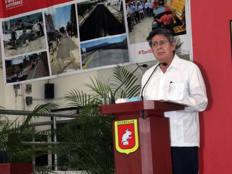 Solapa alcalde tuxtleco corrupción pagando millones en deudas del pasado