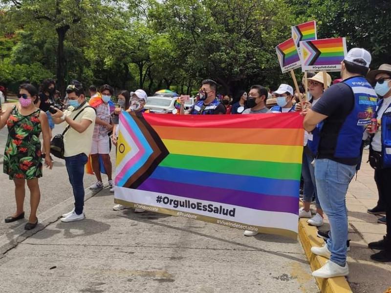 Tuxtla se viste de colores durante marcha del Orgullo LGBTTIQ