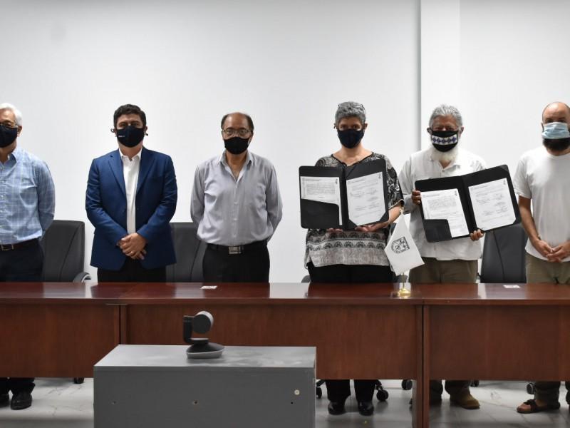 UAQ firma convenio con el Instituto Intercultural Ñöñho AC