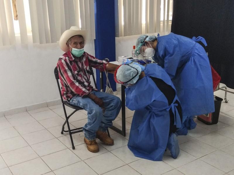 UAQ realiza pruebas detección virus SARS CoV-2 en campus foráneos