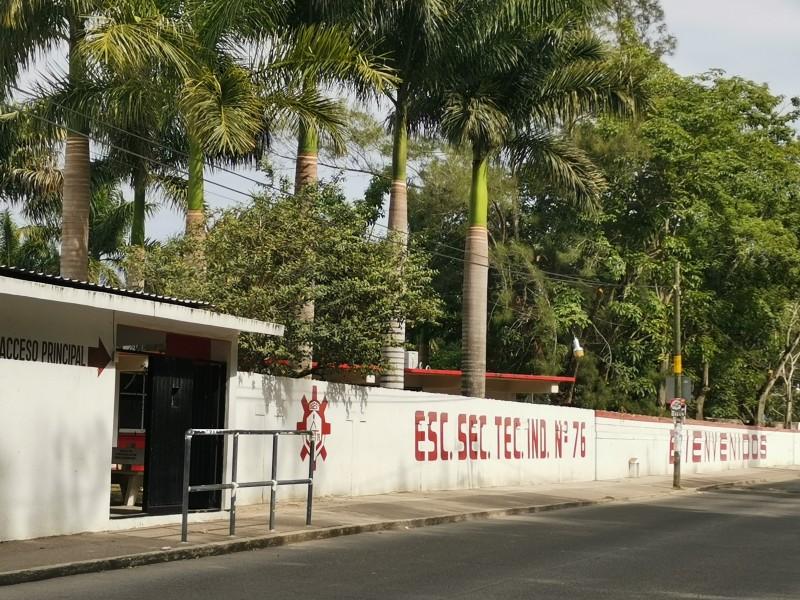 Ubican 30 escuelas de Tuxpan como focos rojos