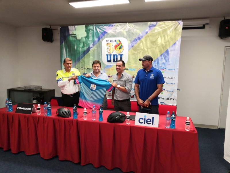 UDT celebra 50 aniversario con Triatlón