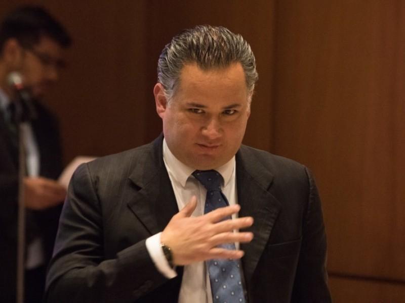 UIF congela cuentas bancarias a personas relacionadas a Emilio L