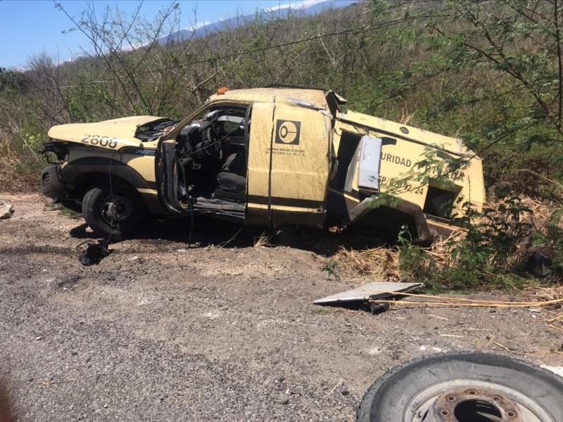 Un muerto y tres lesionados dejó un accidente carretero