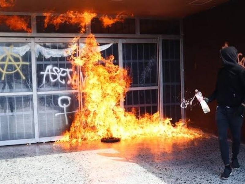 UNAM  denuncia actos vandálicos