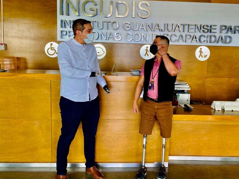 Unen esfuerzos por personas con discapacidad en Guanajuato