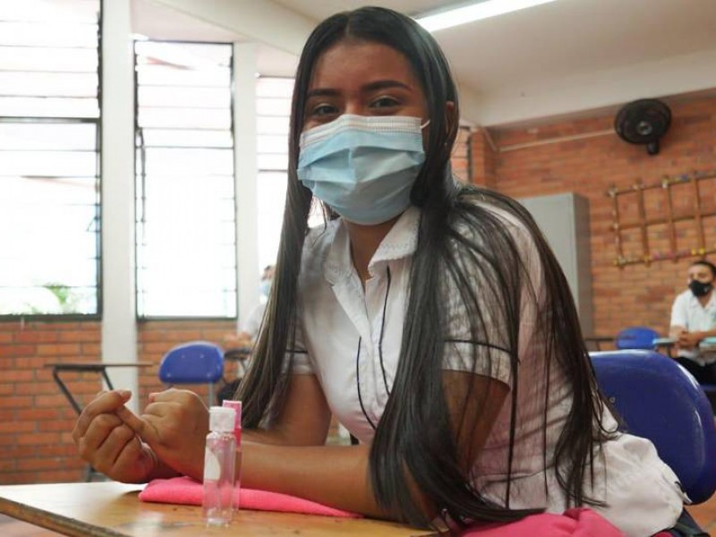 """Unicef pide de manera """"urgente"""" priorizar reapertura de escuelas"""