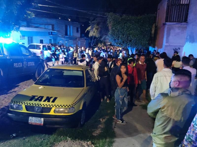 Unidad anticovid dispersa fiesta con más de 400 jóvenes