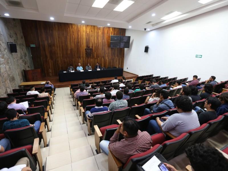 Universitarios dialogan sobre nuevas masculinidades durante paro de mujeres